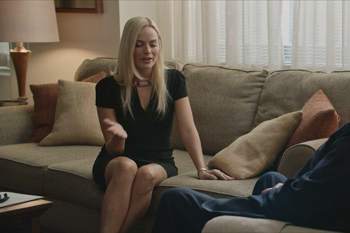 Margot Robbie in Bombshell : video clip